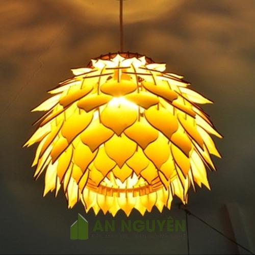 Đèn thả gỗ lá nhọn hình quả thông trang trí size lớn