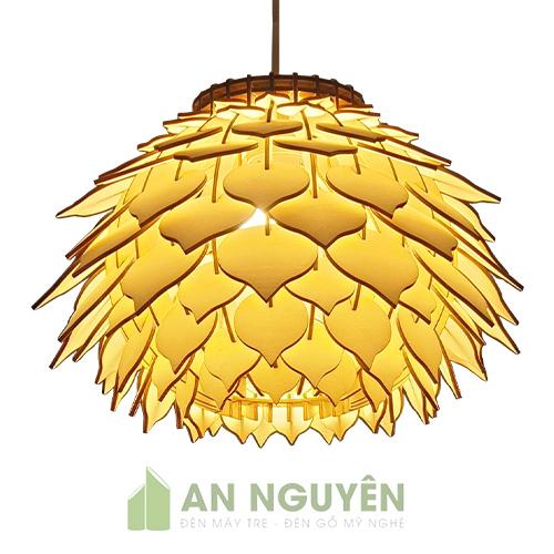 Đèn-gỗ-quả-thông-nhọn-trang-trí-nhà-hàng-tphcm-An-Nguyen