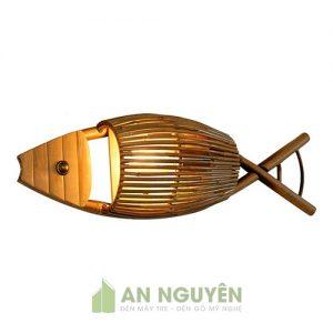 Mẫu đèn tre hình con cá treo tường cho quán trà, phòng khách (2)