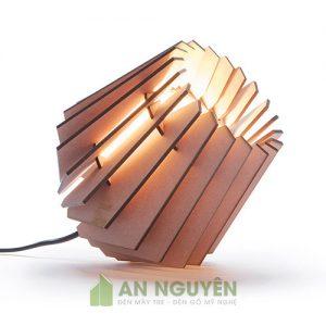 Đèn gỗ để bàn mini trang trí phòng khách, phòng đọc sách dễ thương