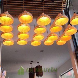 Đèn Mây Tre: Mẫu đèn mây đan hình phễu trang trí nhà hàng Phi 35 H 30cm