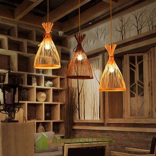 Đèn Mây Tre: Mẫu đèn tăm tre hình chóp buộc đầu trang trí quán ăn