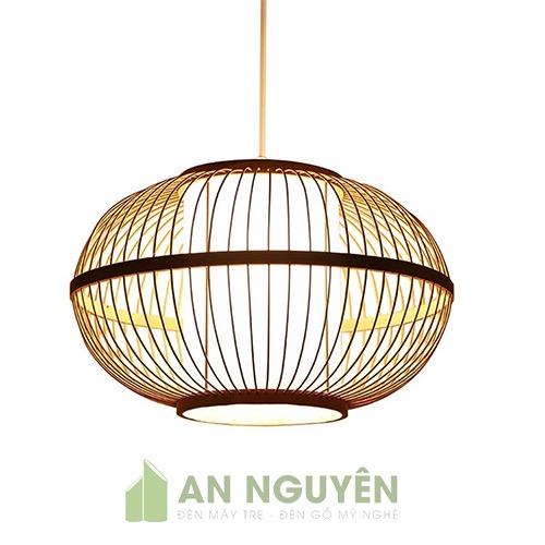 Đèn Mây Tre: Mẫu đèn tre hình tròn có lồng nhựa, vải trang trí nhà hàng
