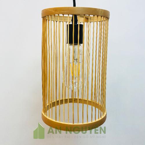Hình-ảnh-2-Mẫu-đèn-tăm-tre-đan-hình-trụ-đơn-giản-giá-rẻ-ở-TPHCM-(1)