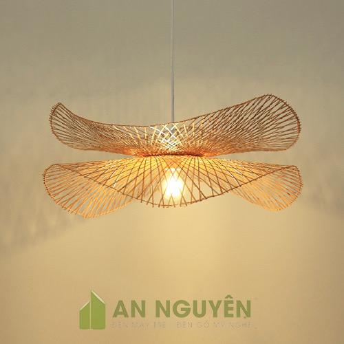 Đèn Mây Tre: Mẫu đèn nan tre đan hai lá sen bắt đối xứng
