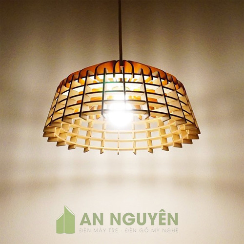 Đèn gỗ thả trần trang trí bàn ăn nhà hàng, khách sạn
