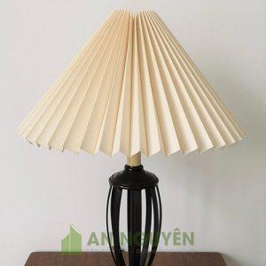 Đèn Vải: Chụp đèn vải trang trí kiểu gấp hình chóp TPHCM